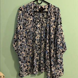 Lane Bryant kimono size 14/16